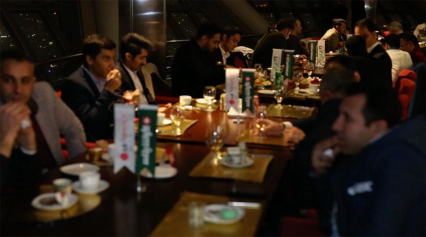 سومین میهمانی و گردهمایی بازرگانی افراش پلاس بهمن 97 در برج میلاد