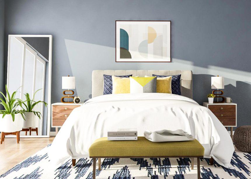 جایگذاری تخت در مرکز اتاق و قرار گیری پاتختی ها به صورت قرینه