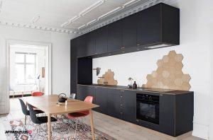 کابینت آشپزخانه تک دیوار ام دی اف طوسی به همراه میز تمام چوب