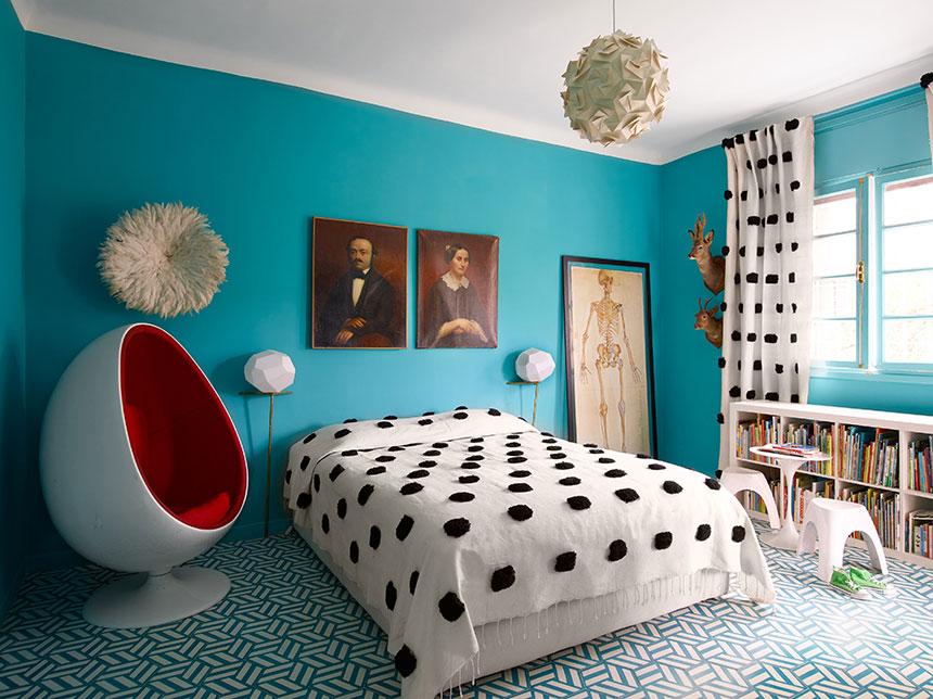 اتاق خوابی با دیزاینی ساده و شیک