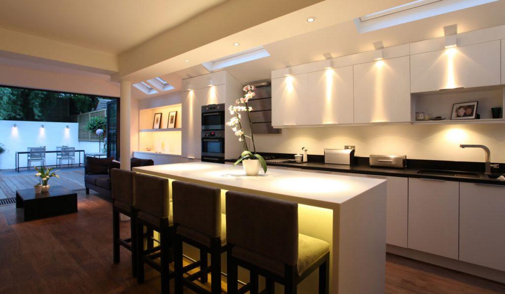 آشپزخانه با سبک مدرن