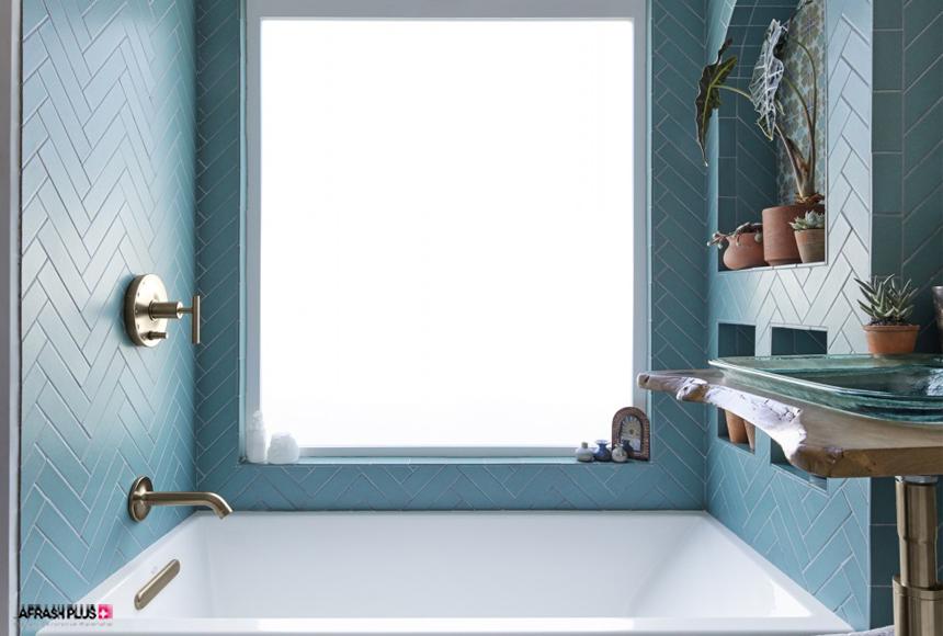 حمام با تم رنگ آبی