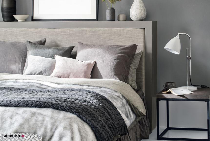 اتاق خواب با پرده های مختلف رنگ طوسی