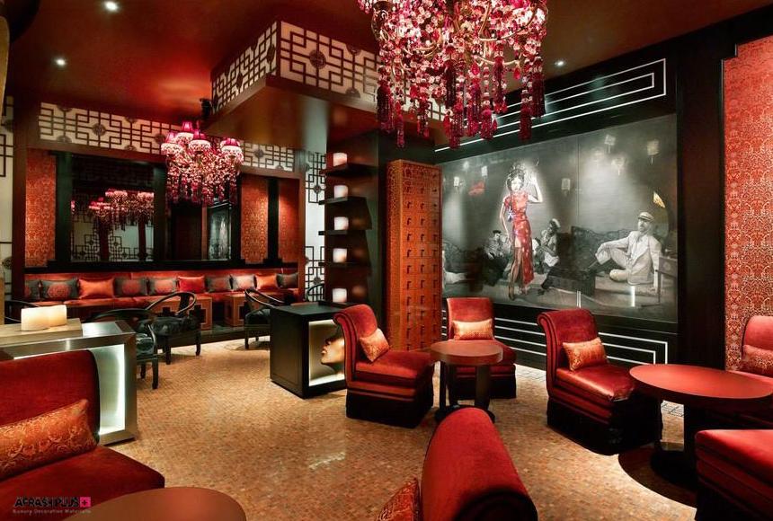 دکوراسیون داخلی سبک آسیایی با تم رنگ قرمز