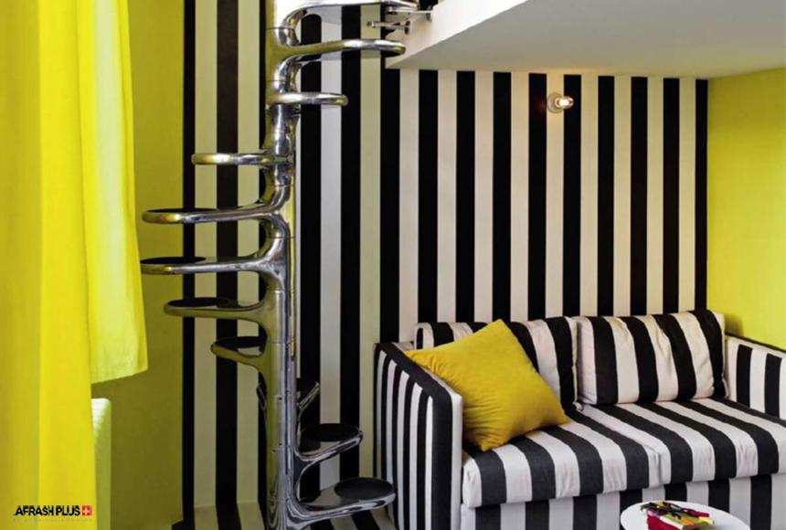 طرح انتزاعی نشیمن زبرا با کوشن و پرده رنگ زرد