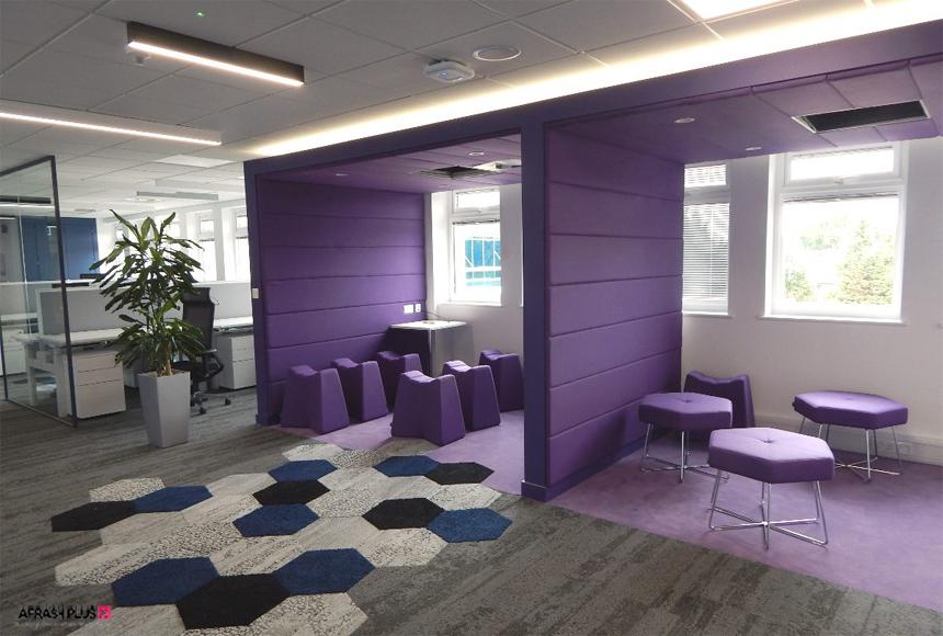 دفتر کار با تم رنگ بنفش و طوسی