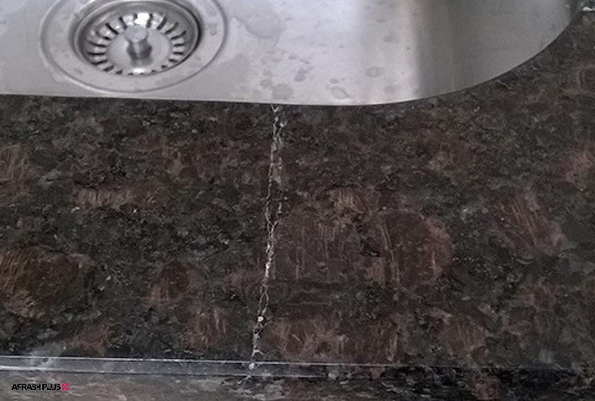 ترک خوردن سنگ طبیعی در آشپزخانه