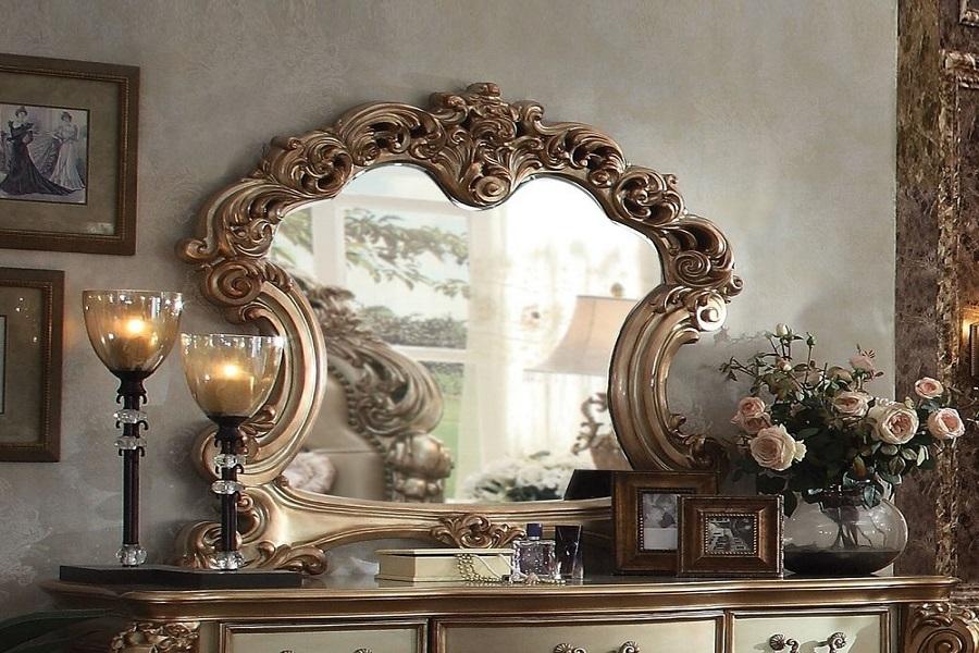 آینه پتینه کاری شده