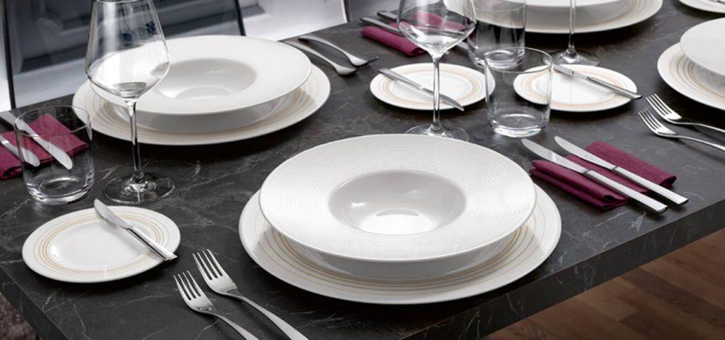 تزئین میز