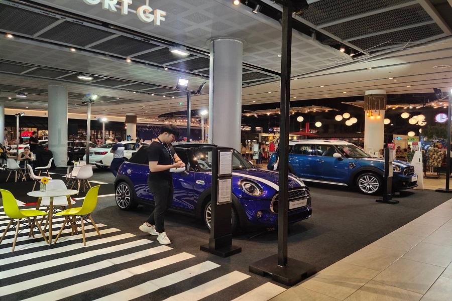 نمایشگاه خودرو در چین
