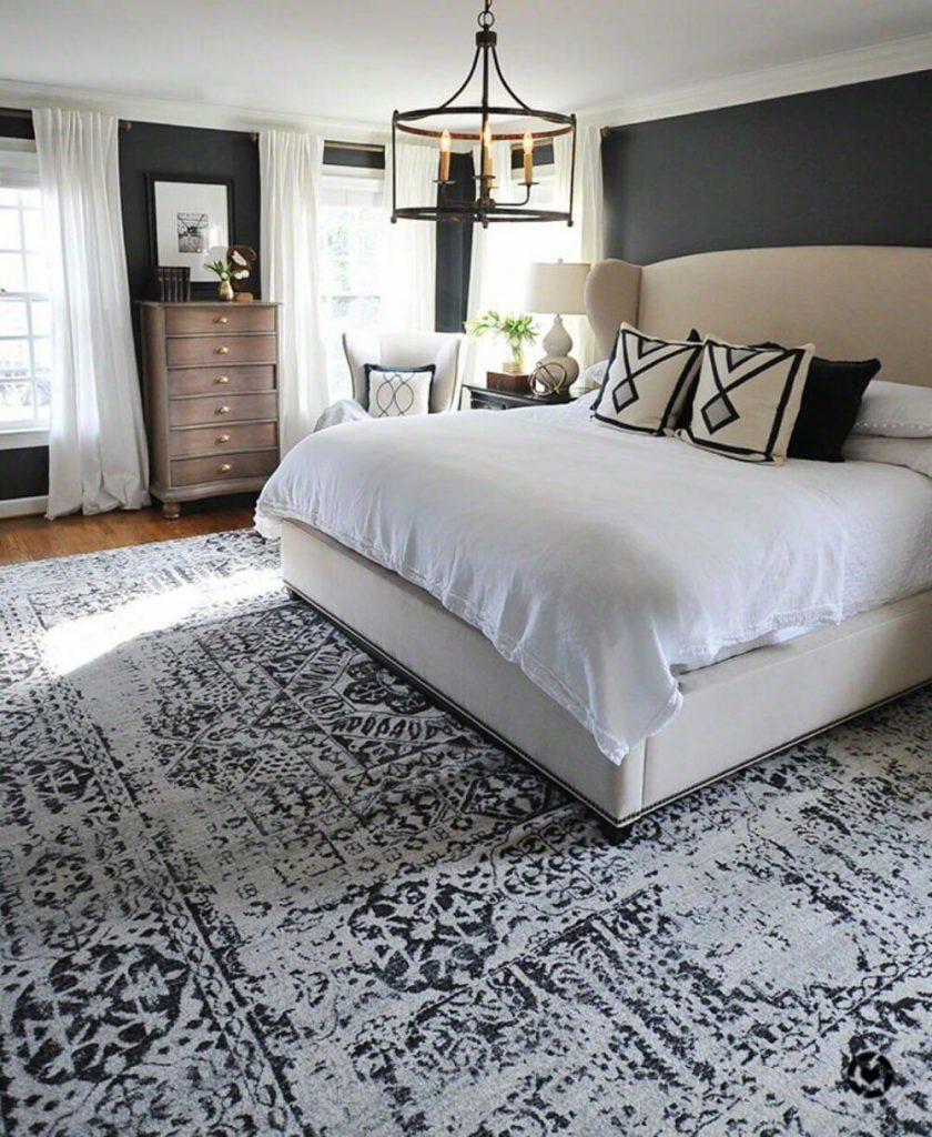 فرش کرم قهوه ای رنگ طرح برجسته در یک اتاق خواب