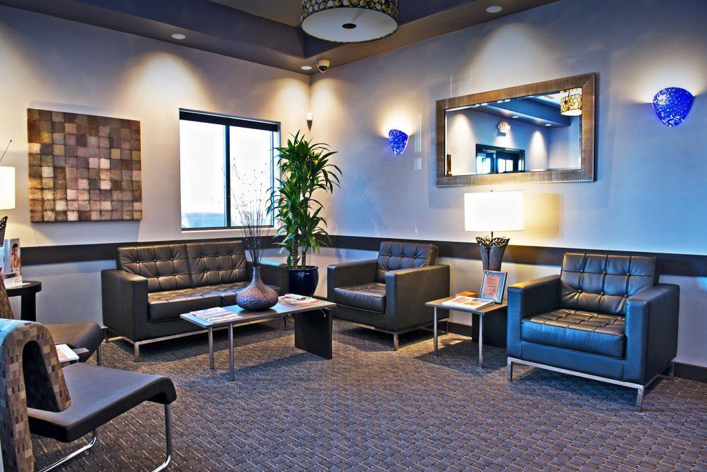 طراحی سالن انتظار با شبیه سازی محیط خانه بر مبنای اصول طراحی مطب دندانپزشکی